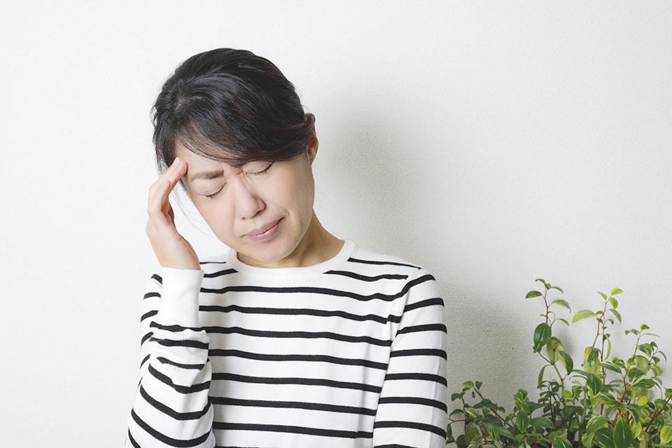 梅雨入り 頭痛 自律神経症状の方要注意