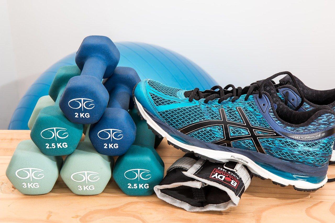 もう2月です!部活も冬練から実践的な練習へ!肩、腰、膝などのケガに注意を!